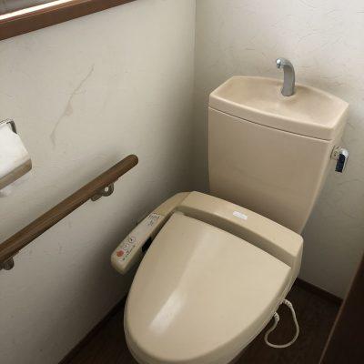1時間で水洗トイレの交換工事が完了しました