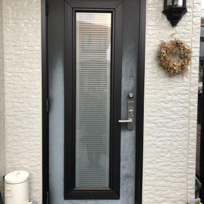 1日で通風できる玄関ドアにリフォームしました。