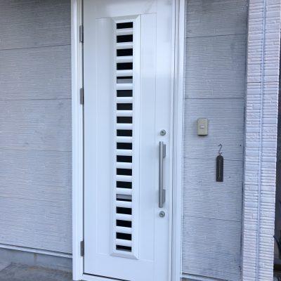 玄関ドアの交換、その他各種修繕工事