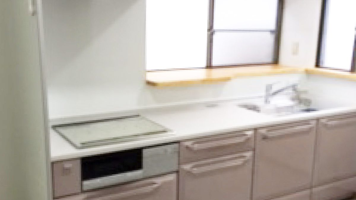 住まいる工務店「お客さまの声」:明るく快適なキッチンにリフォーム