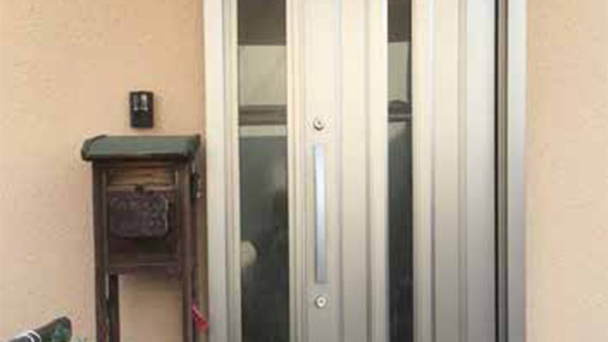 住まいる工務店「お客さまの声」:玄関のリフォーム