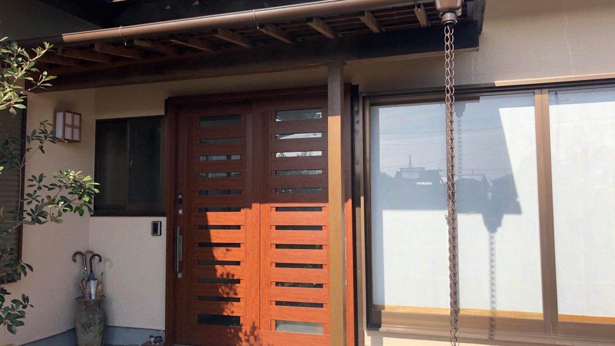 住まいる工務店「お客さまの声」:耐震補強工事と一緒に玄関のリフォーム