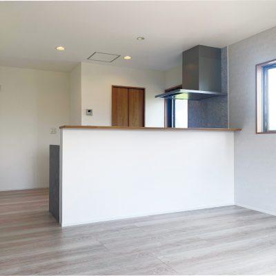 住まいる工務店「お客さまの声」:キッチンを中心としたスペースの広々LDKリノベーション