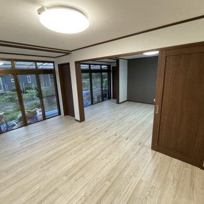 住まいる工務店「お客さまの声」:和室二部屋と縁側をリビングとして使えるようにリフォームしました。